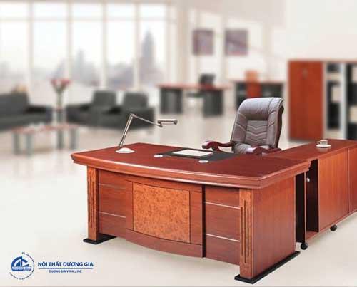 Có nên mua bàn giám đốc thanh lý không?
