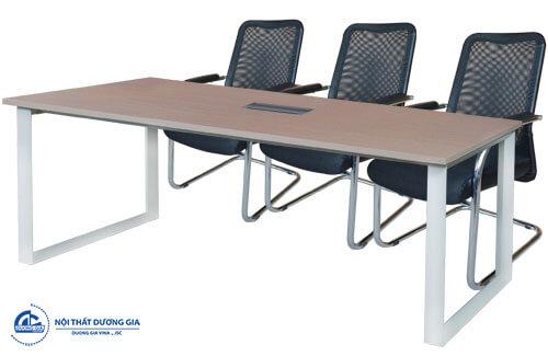Chú ý khi chọn kiểu dáng cho bàn họp văn phòng nhỏ