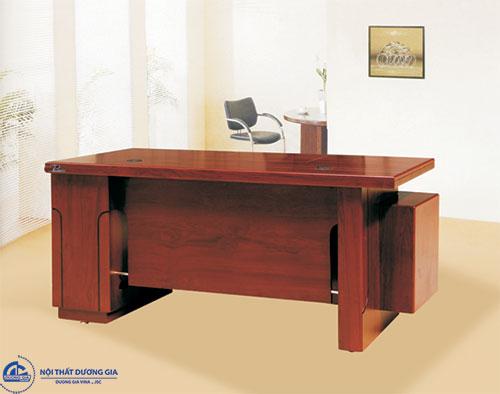 Những chất liệu phổ biến của bàn làm việc văn phòng cao cấp