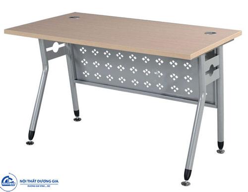 Kích thước bàn làm việc nhân viên ảnh hưởng tới sức khỏe chủ nhân