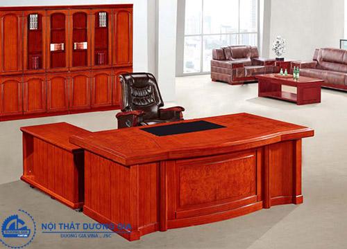 Nên lựa chọn bàn Giám đốc kích thước như thế nào?